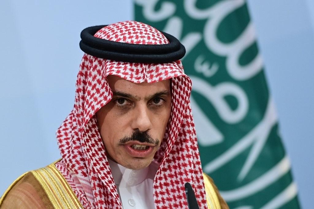 وزير الخارجية السعودي فيصل بن فرحان آل سعود خلال مؤتمر صحفي - 19 أغسطس 2020 (أ.ف.ب)