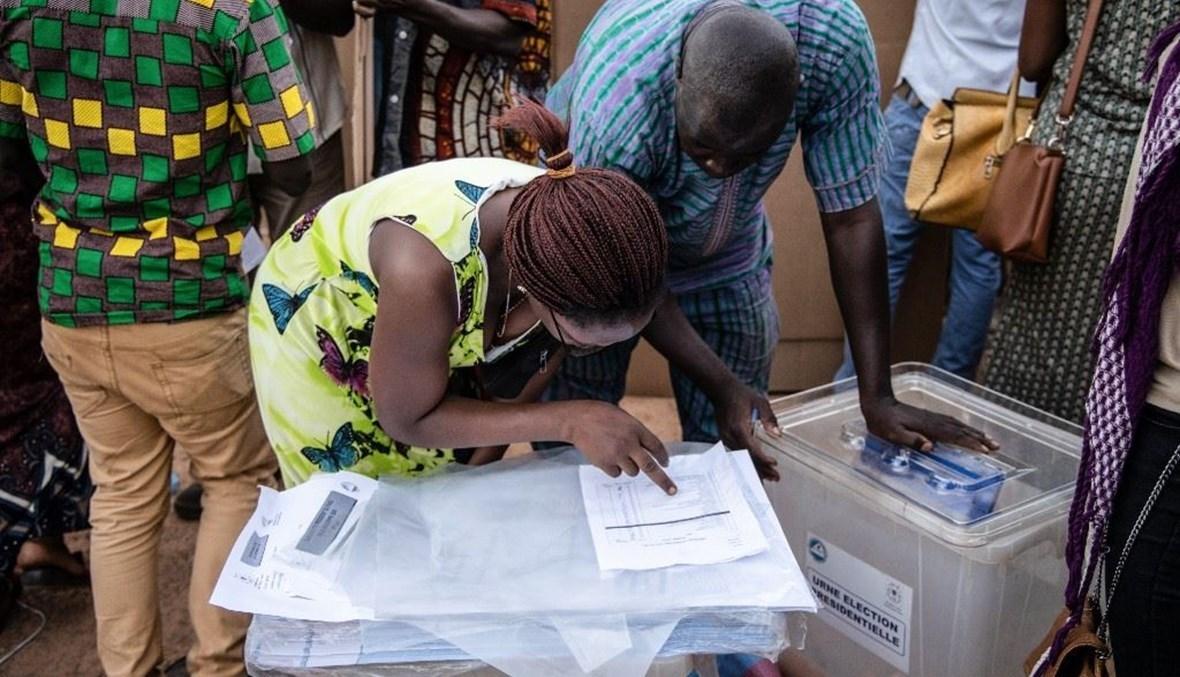 بوركينا فاسو.. انتخابات على وقع توترات أمنية والمعارضة تشكك بالنتائج