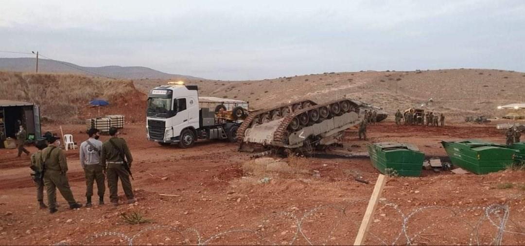 لحظة انقلاب دبابة إسرائيلية شمال غور الأردن