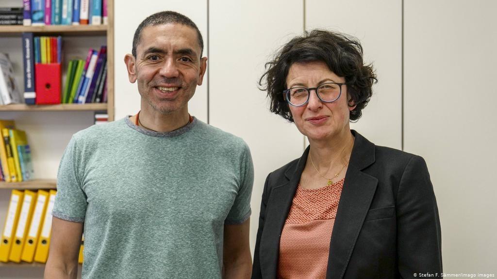 البروفيسور أوغور شاهين وزوجته الدكتورة أوزليم توريتشي