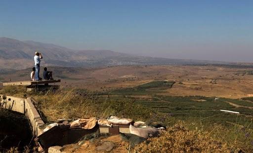 إعلام إسرائيلي: تأهب إسرائيلي في الشمال وإغلاق المجال الجوي فوق الجولان