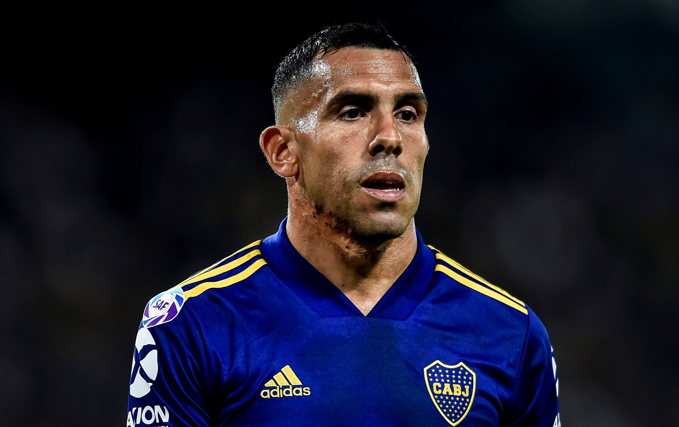 عاد تيفيز وزملاؤه سريعاً إلى الأرجنتين