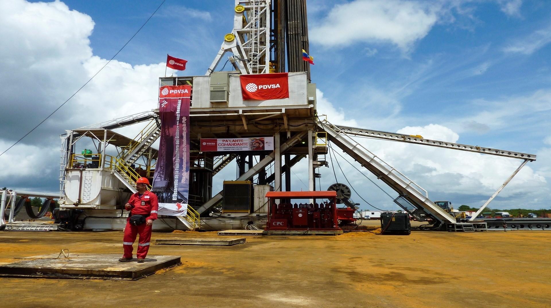 رغم العقوبات الأميركية.. فنزويلا تستأنف تصدير النفط إلى الصين