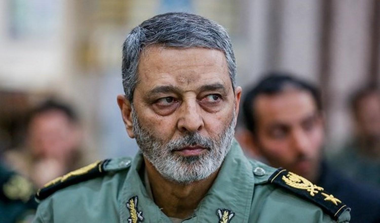 قائد الجيش الإيراني اللواء عبدالرحيم موسوي.