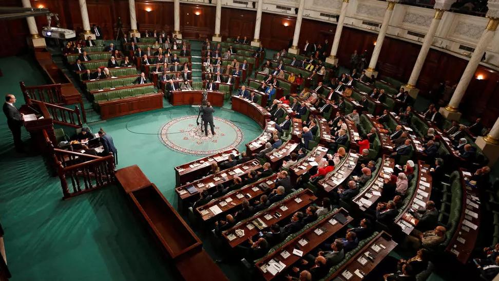عدد من نواب الشعب بالبرلمان يؤكدون أن الحوار الوطني يجب أن يطرح حلولاً اقتصاديّة واجتماعية