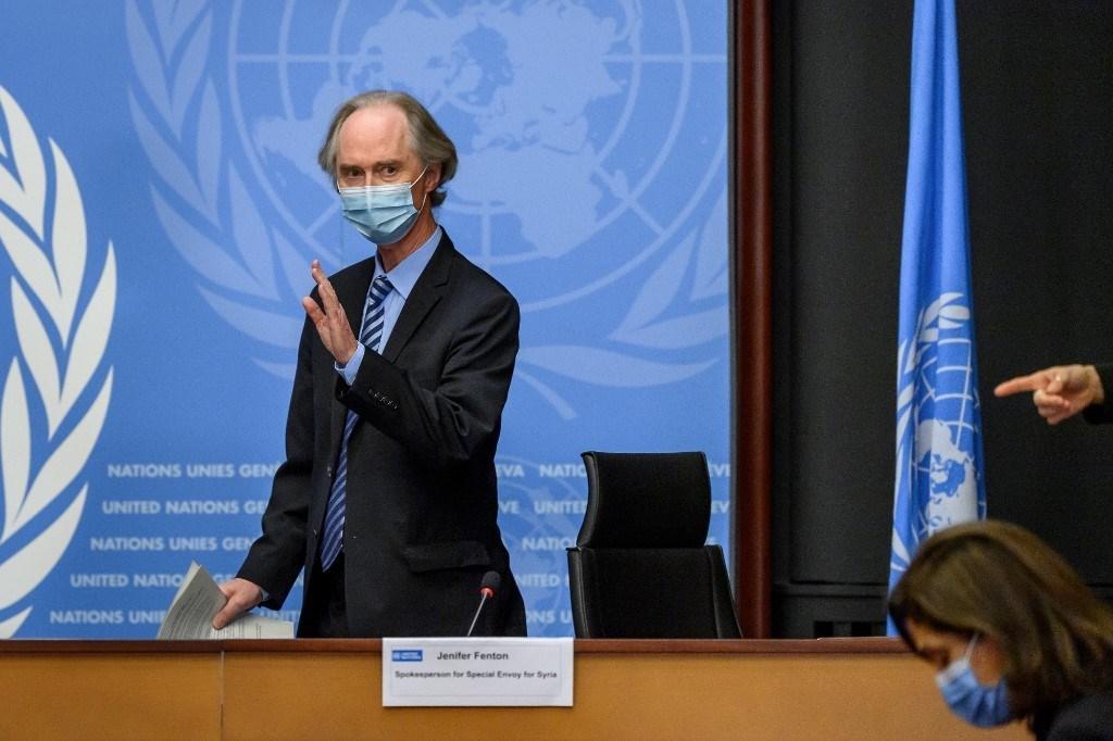 المبعوث الأممي الخاص لسوريا غير بيدرسون في مؤتمر صحفي قبل الجولة الرابعة من محادثات اللجنة الدستورية السورية 29 تشرين الثاني/ نوفمبر 2020 (أ ف ب)