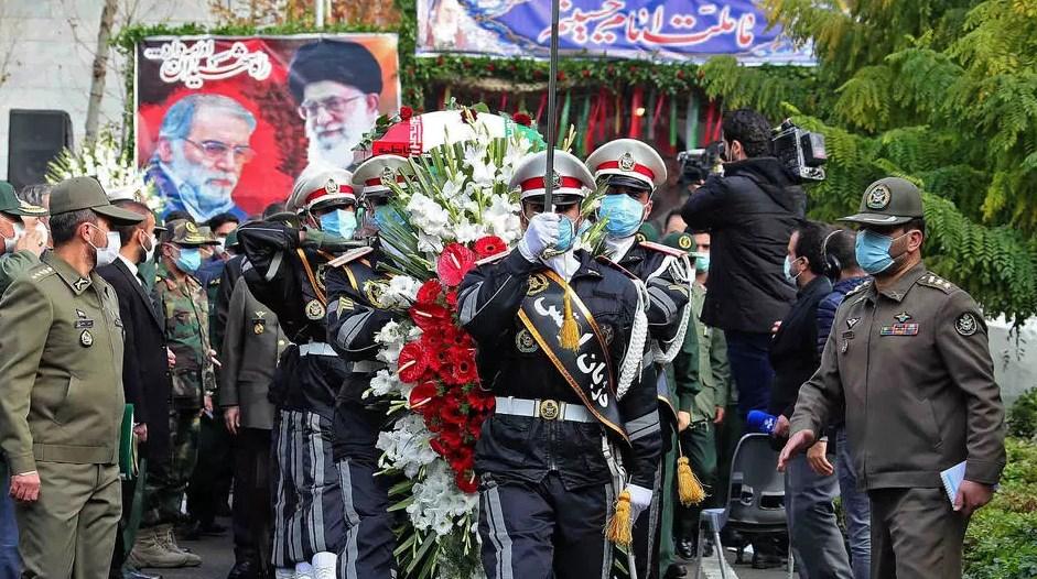 أجريت صباح اليوم الاثنين مراسم تشييع جثمان العالم الإيراني محسن فخري زادة (أ ف ب)