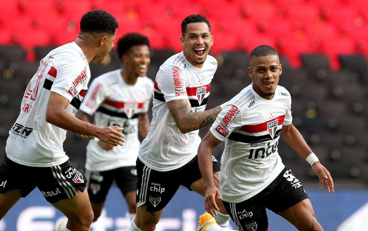 فاز ساو باولو على غوياس 2-1