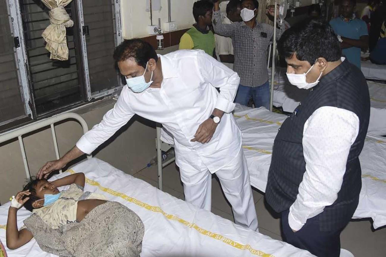 طفلٌ مصاب في إحدى المستشفيات الهندية