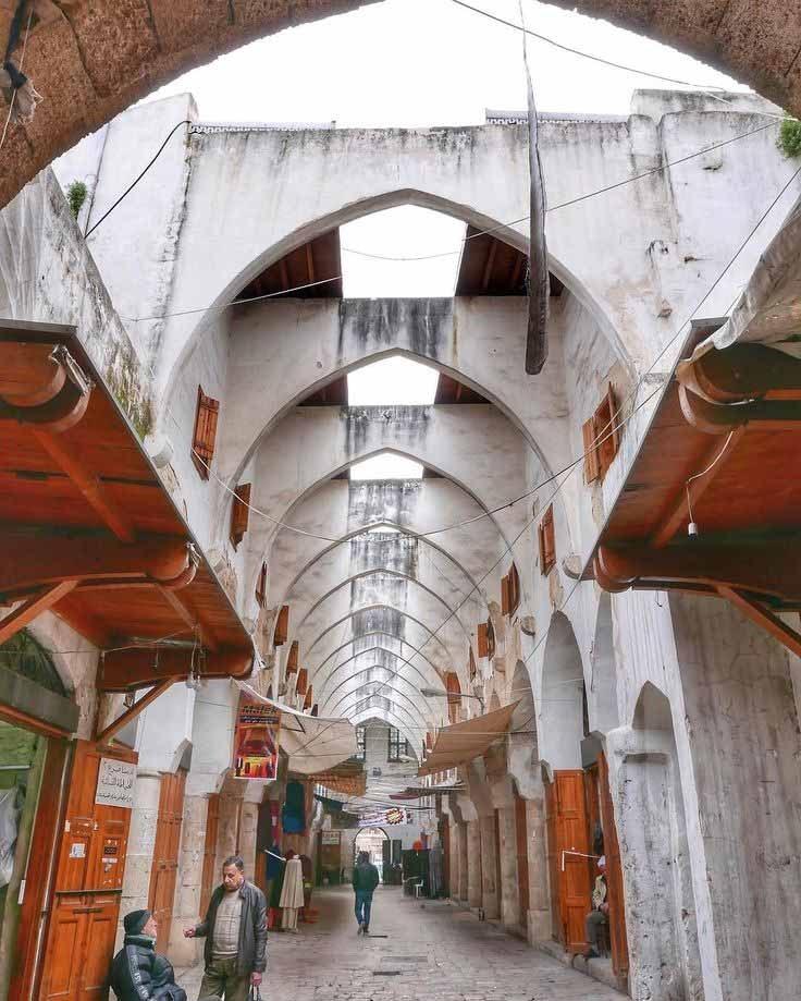خاناتُ طرابلس ودورٌ تاريخي بين الشرق والغرب