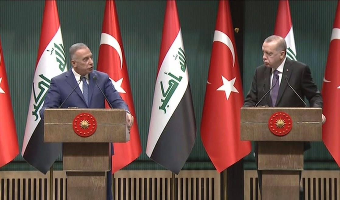 الكاظمي وإردوغان خلال المؤتمر الصحفي المشترك في تركيا