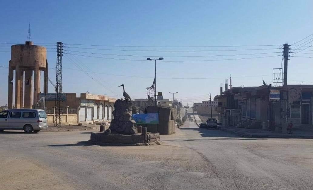 تشهد المدينة واريافها هجوماً عنيفاً من فصائل (الجيش الوطني) المدعومة تركياw