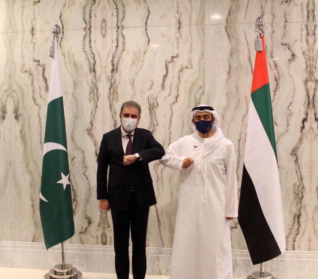 وزير الخارجية الإماراتي عبدالله بن زايد آل نهيان يتسقبل نظيره الباكستاني في الإمارات.