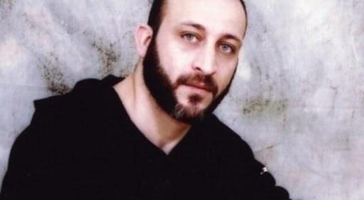 الاحتلال يعيد الأسير عماد أبو رموز من مستشفى