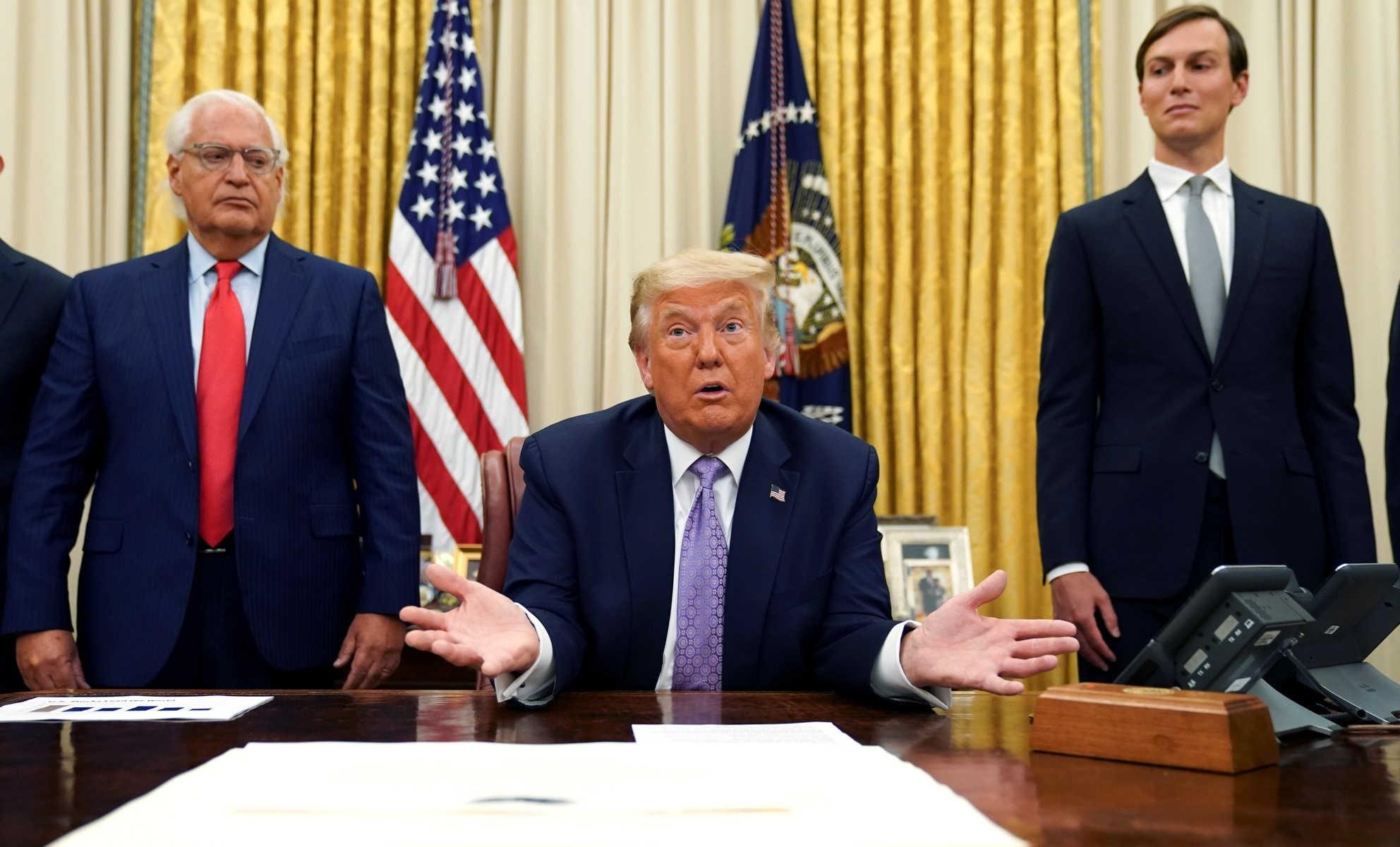 ترامب يعفو عن مجموعة ثانية من الأميركيين تضم 26 شخصاً