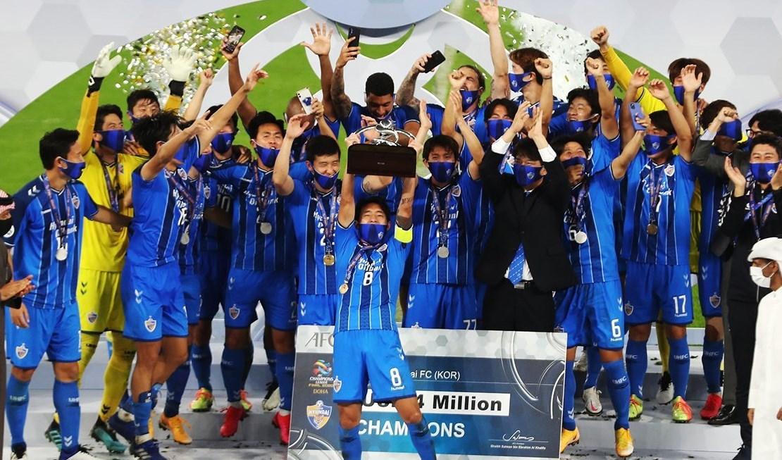 أولسان هيونداي لحظة تتويجه بلقب دوري أبطال آسيا