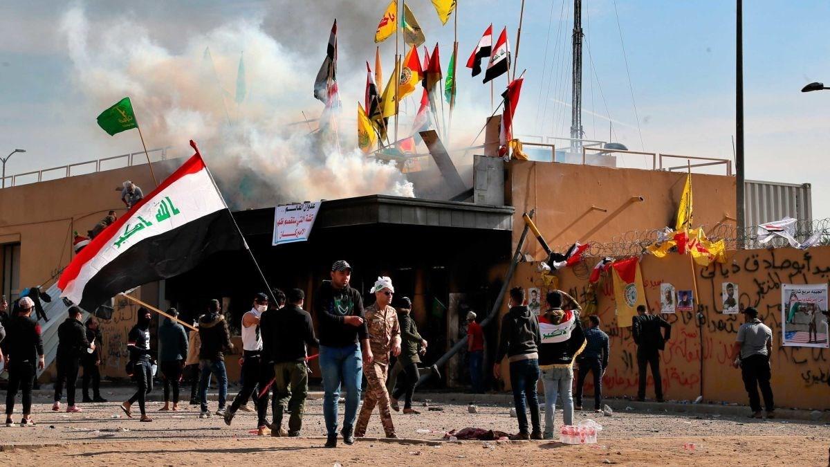 موقع أميركي: واشنطن تدرس إغلاق سفارتها في بغداد