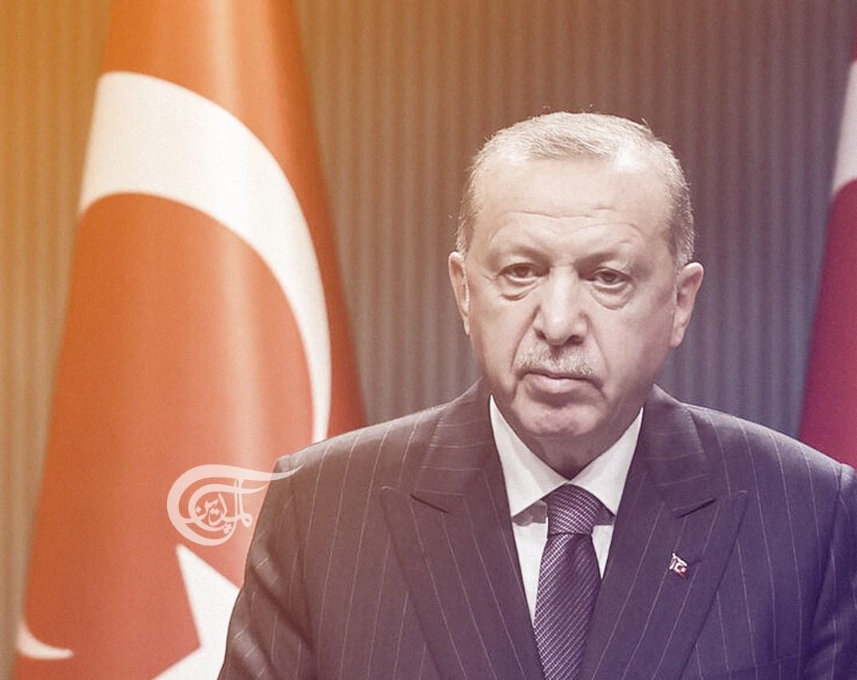 يعتقد  إردوغان أنه يملك الكثير من مقومات المناورة والتكتيك السياسي