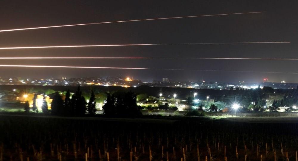 طائرات الاحتلال تستهدف غزة...  وأضرار في مستشفى للأطفال