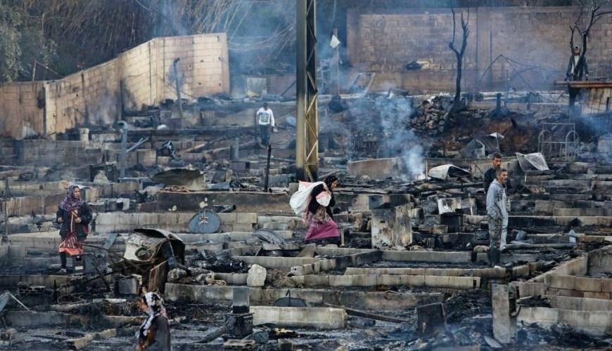 قطعةٌ من جحيم.. حال مخيم اللاجئين السوريين بعد إحراقه
