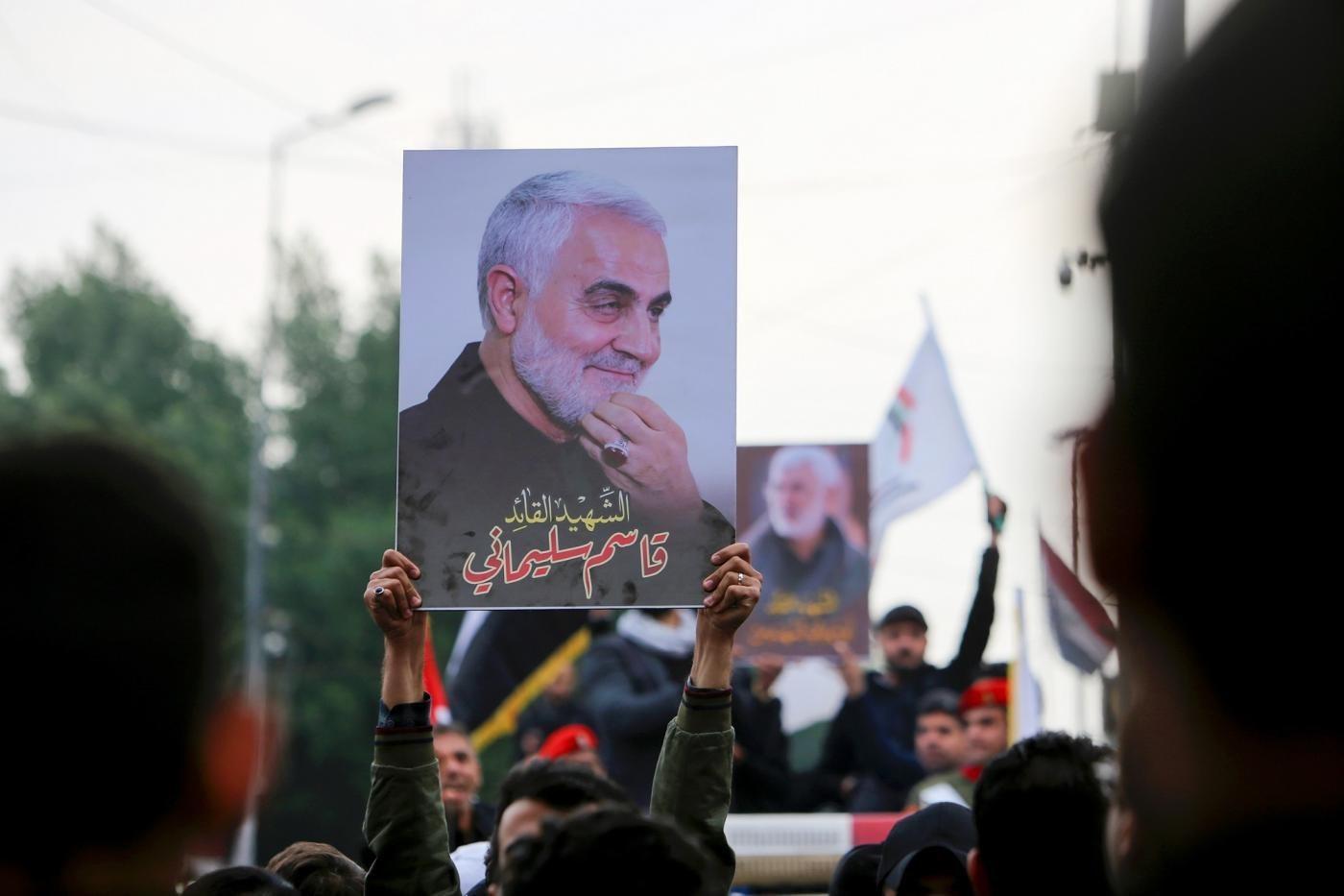 التحقيقات مستمرة في إيران والعراق حول اغتيال الشهيدين سليماني والمهندس (أ.ف.ب)