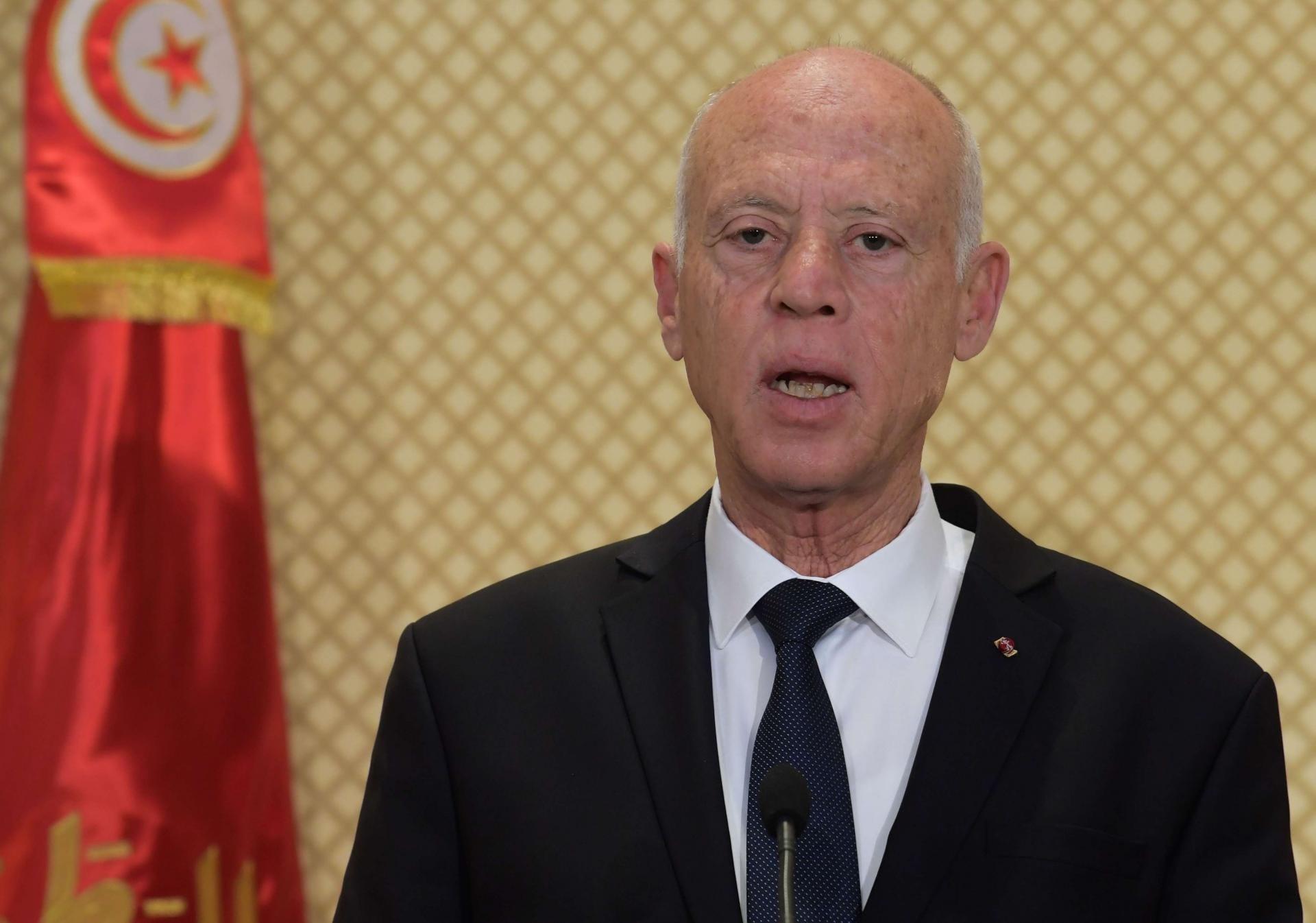 الرئيس التونسي يؤيد إجراء