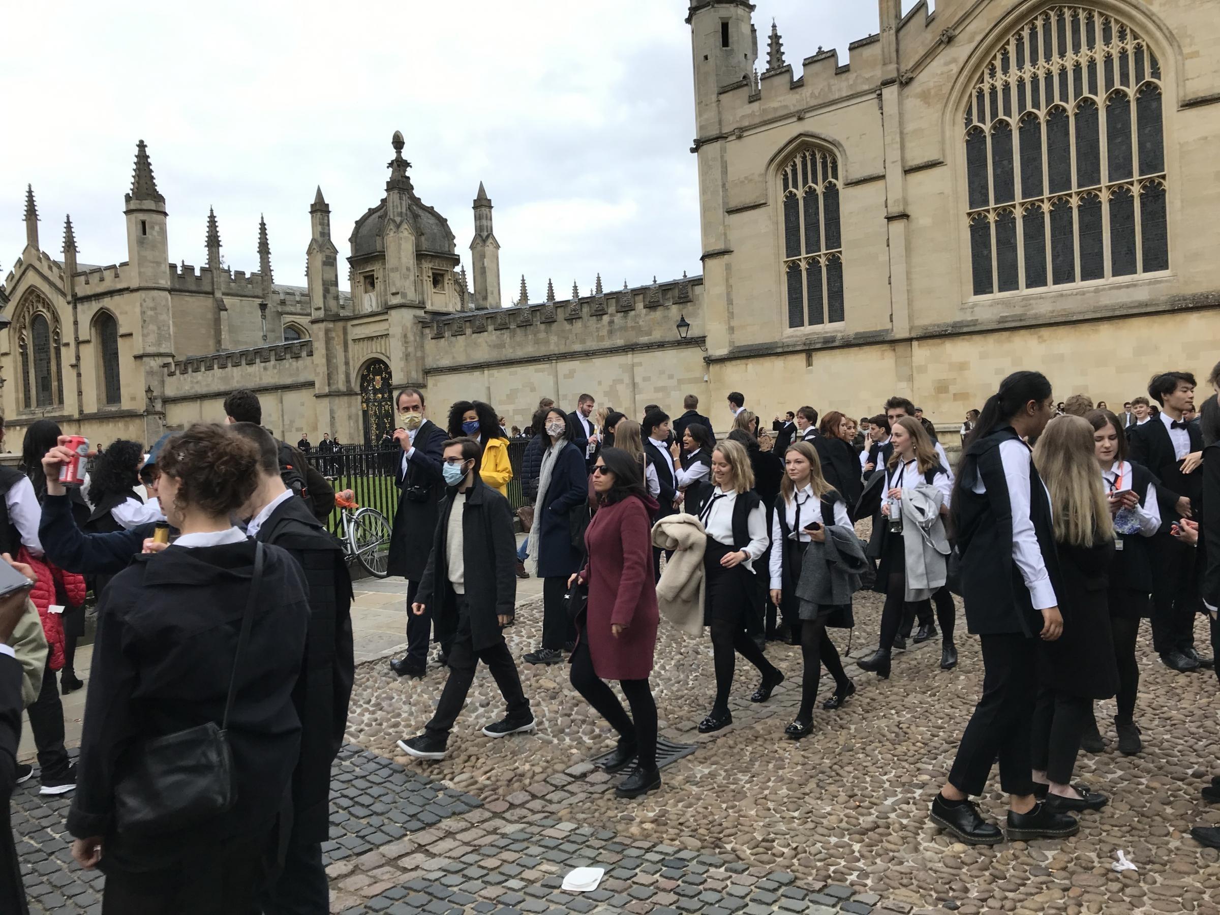 جامعة أوكسفورد البريطانية من أشهر الجامعات العالمية.