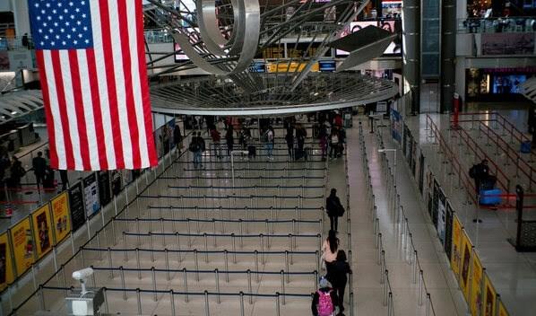 منطقة الهجرة في مطار كينيدي الدولي في نيويورك.