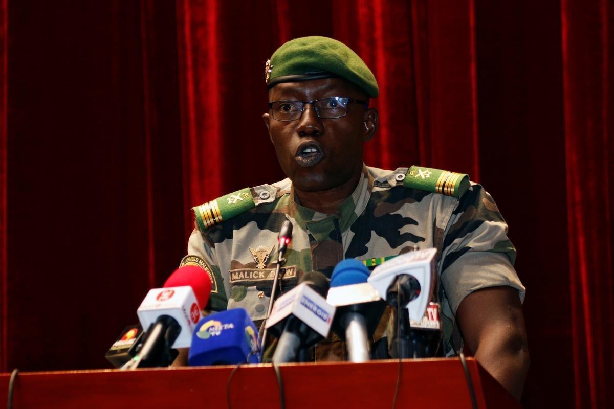 الكولونيل مالك دياو أحد أبرز المشاركين في انقلاب آب/اغسطس رئيساً لـ