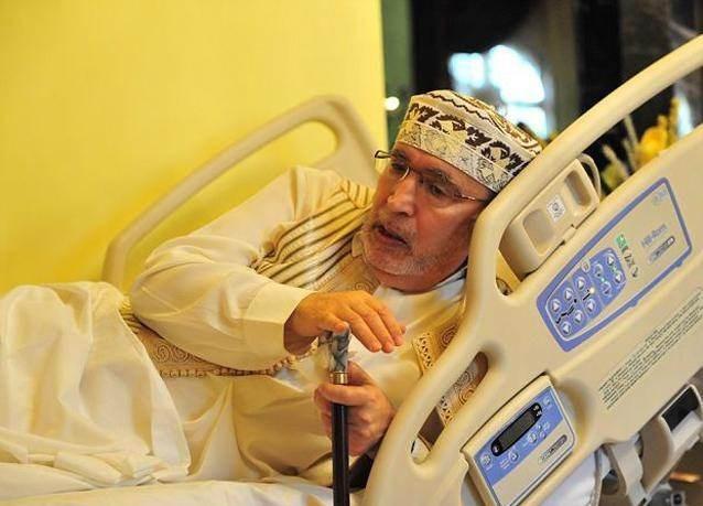 ي عام 2001، أُدين عبد الباسط المقرحي، وهو ضابط مخابراتٍ ليبيٍّ سابق، بتفجير طائرة