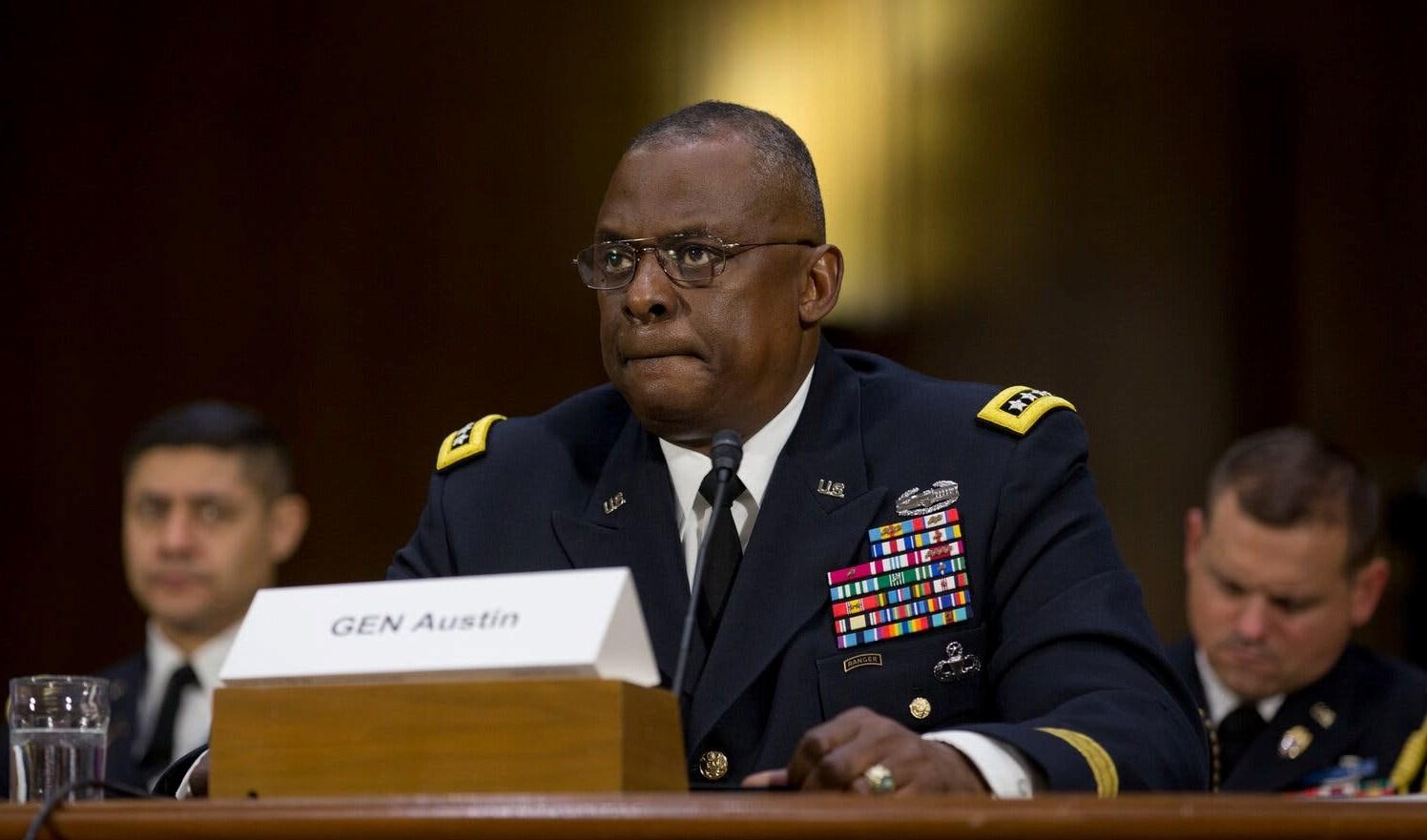 الجنرال المتقاعد لويد أوستن اختير وزيراً للدفاع الأميركي.
