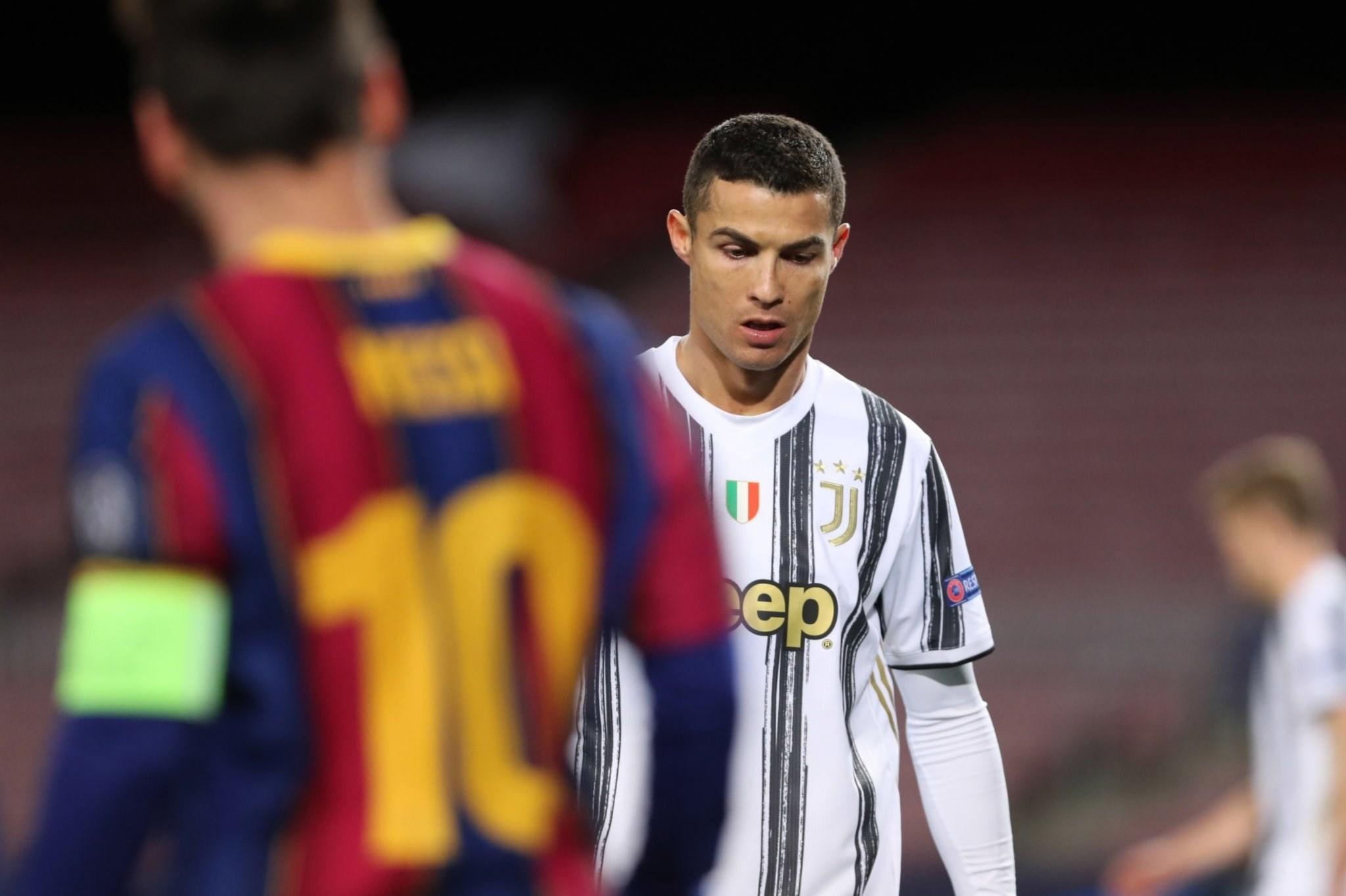 رونالدو يعود إلى برشلونة ويقود يوفنتوس لانتصار كاسح