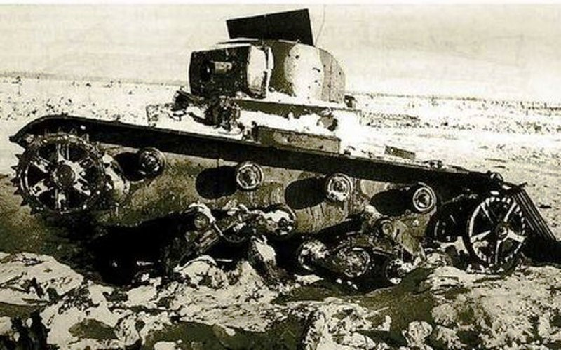 التطبيق العسكري الأول لهذه الفكرة كان في أوائل الحرب العالمية الثانية