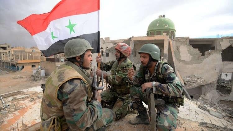 الجيش السوري يعثر على طائرة استطلاع للمسلحين في حلب ويفجر عربتين مفخختين