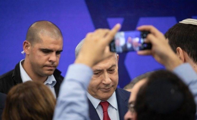 نتنياهو يطلب صورة مع زعيم عربي
