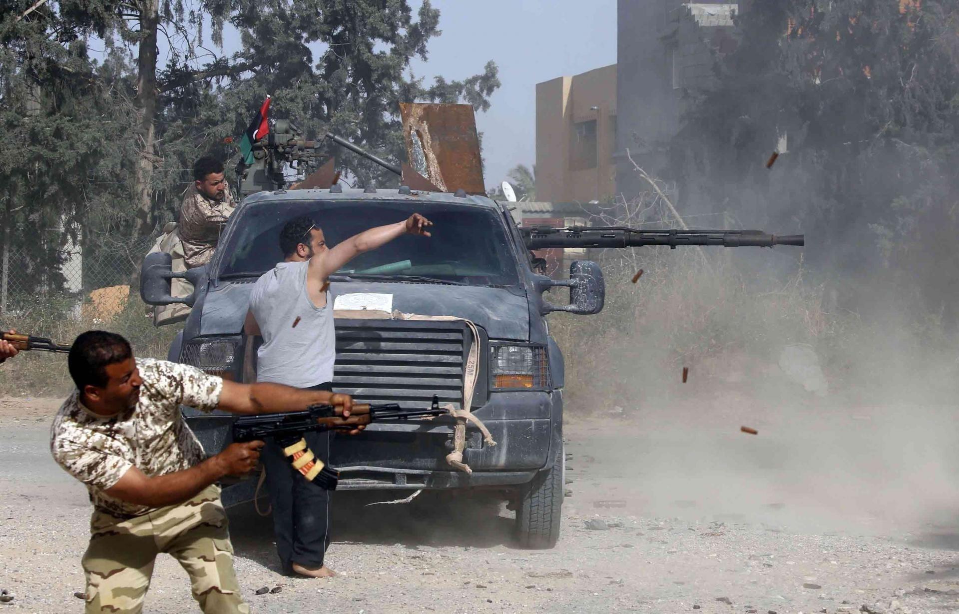 المعارك تتجدّد بين طرفي النزاع في جنوب طرابلس