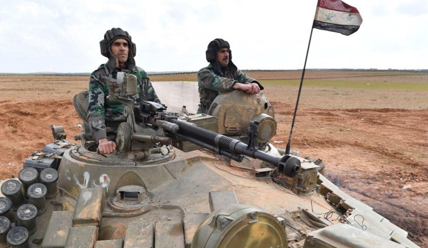 الجيش السوري يقطع طريق إمداد المسلحين ويشرف نارياً على الأتارب في ريف حلب