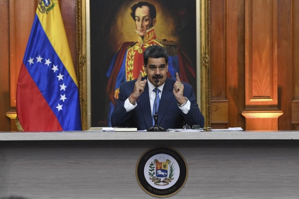 مادورو يتهم السفير الفرنسيّ لدى فنزويلا بـالتدخل ولا يستبعد احتمال طرده