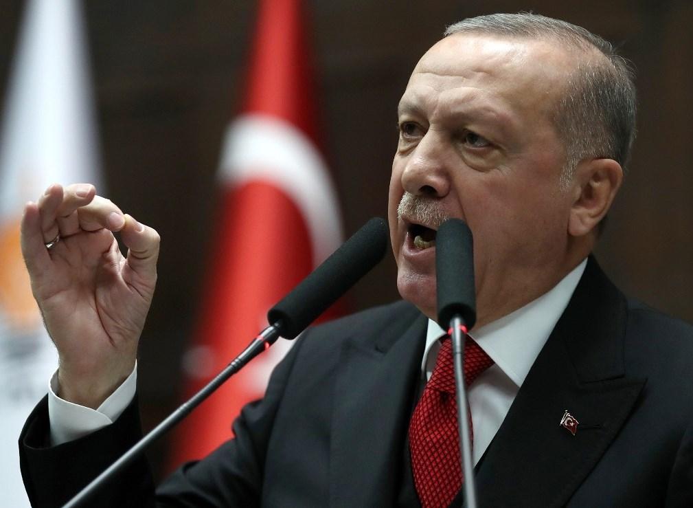 إردوغان: أنقرة لا يمكن أن تبقى صامتة ازاء تطويق الجيش السوري مواقع عسكرية تركية في ادلب