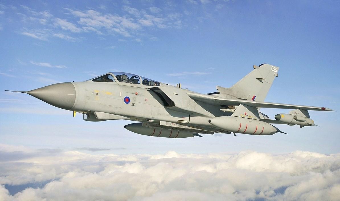 التحالف السعودي يعترف بسقوط طائرة حربية تابعة له في محافظة الجوف في اليمن