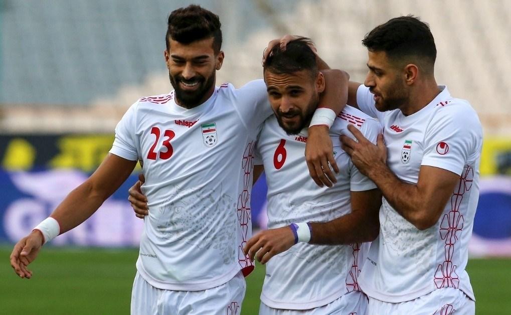 مباراة ودية بين إيران وعمان تحضيراً للتصفيات