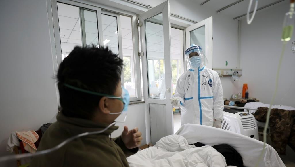 """الصين تحذر: تلك الفئة أكثر عرضة للإصابة بفيروس """"كورونا"""""""