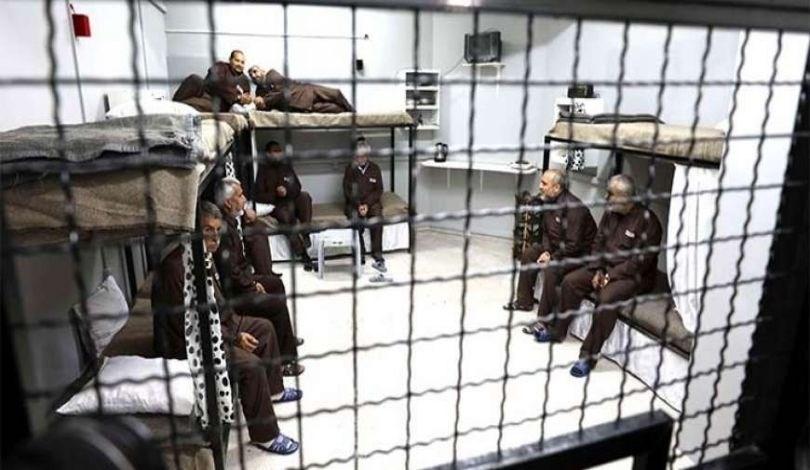 إدارة السجون الإسرائيلية تفرض عقوبات جديدة بحق الأسرى