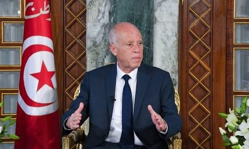 الرئيس التونسي يلوّح بحل البرلمان إن لم يوافق النواب على حكومة الفخفاخ