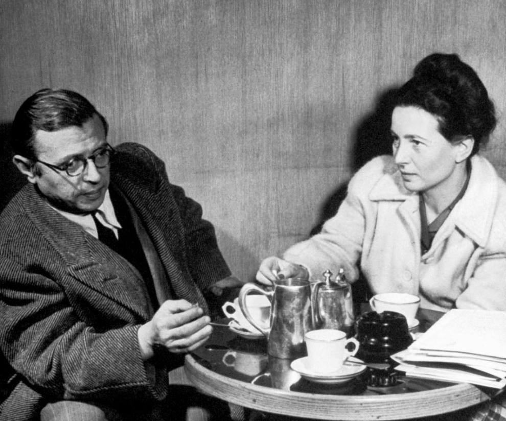 حب واحتراق ورسائل غرام لا تنتهي.. ما سرّ عشق الأدباء للأديبات؟