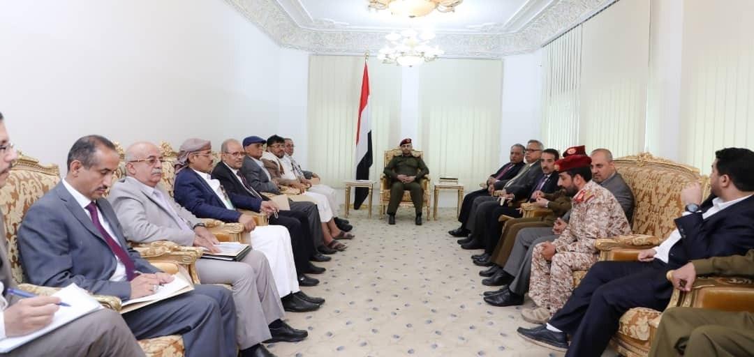 مجلس الدفاع الوطني في اليمن يحثّ على رفع الجهوزية في وجه العدوان