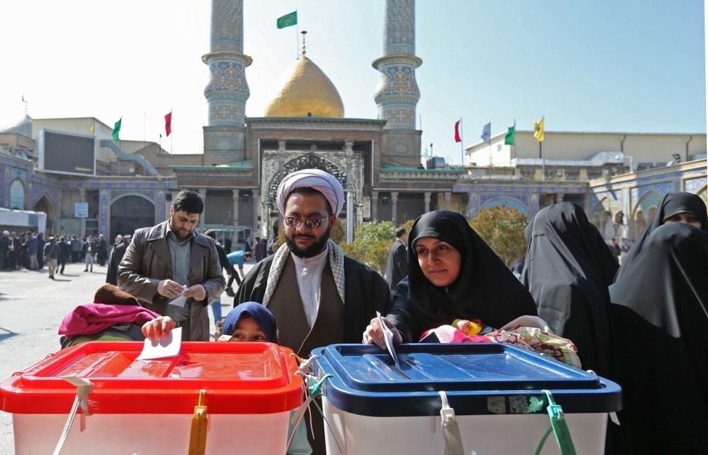 صحف غربية: الانتخابات الإيرانية ستنتج برلماناً أكثر تشدداً تجاه الولايات المتحدة