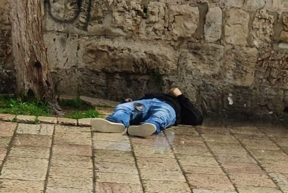 استشهاد شاب فلسطيني بعد إطلاق قوات الاحتلال النار عليه في القدس المحتلة