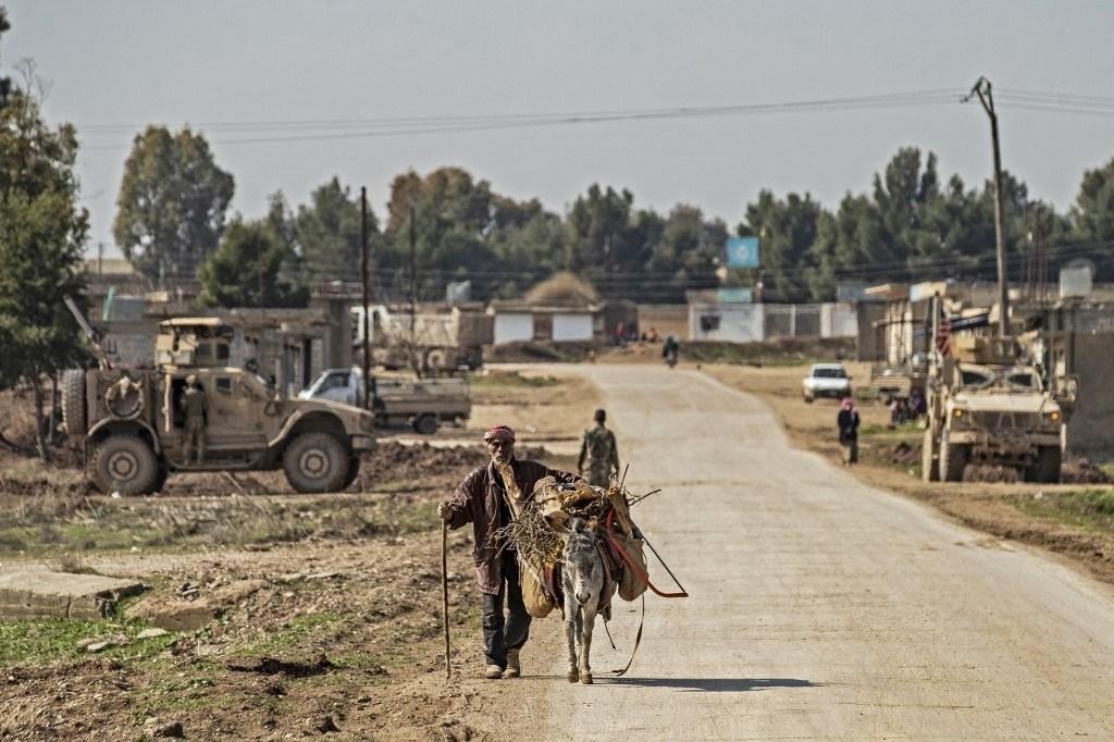 عودة الحياة إلى الطريق الدولي الرابط بين حلب والحدود التركية