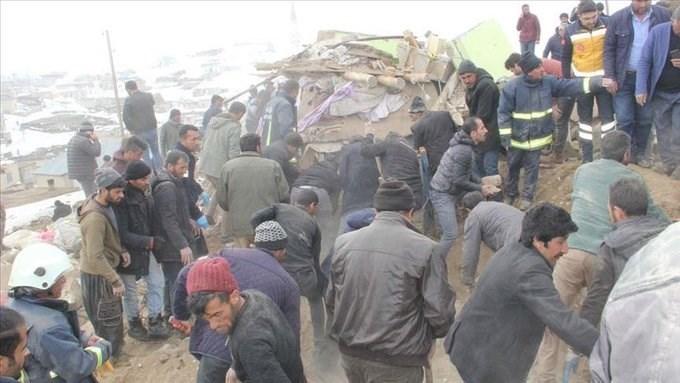 وفاة 8 أتراك في زلزال ضرب الحدود مع إيران